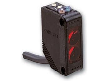 OMRON E3Z-R81 2M